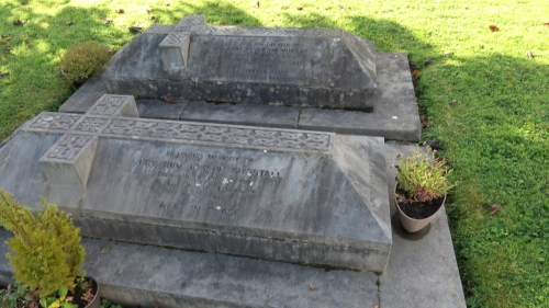 Two graves Names