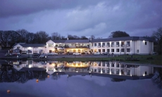 Manor Hotel, Virginia, Cavan